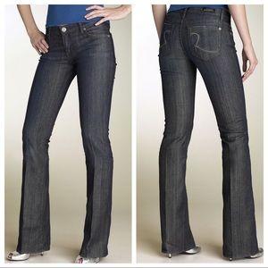 ROCK & REPUBLIC Kiedis Sz 30 Flare Blue Jeans
